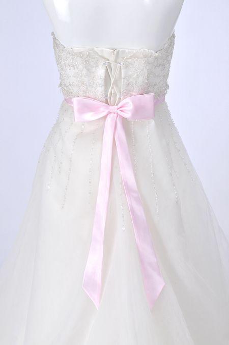 ウェディングドレスレンタル(11号)[em007]「ビーズシフォンブルーピンクリボン付き」【エンパイアラインのすっきりとしたウェディングドレス。ウエストのリボンはイメージにあわせて付けかえできます!】