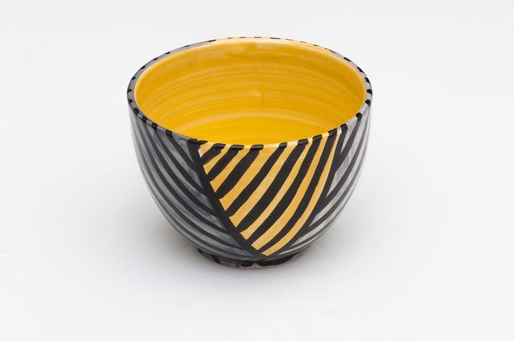 Cup in ceramica diametro 10 design Y righini giallo