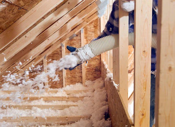 Attic Insulation Year After Year One Remodeling Project Consistently Nets Homeowners The Biggest Return On Their Inv Dachboden Renovierung Gartenhaus Fussboden