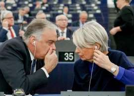 O łamaniu praworządności eurodeputowani debatowali już pięciokrotnie