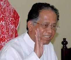 असम के मुख्यमंत्री तरण गोगोई ने सार्वजनिक क्षेत्र के बैंकों से कहा है कि वे सिर्फ उद्योग घरानों तक ही सिमटें न