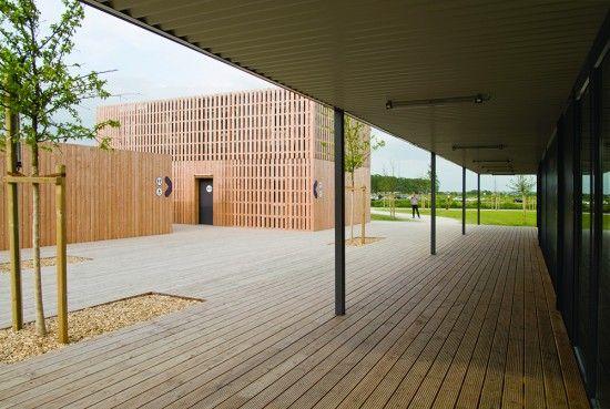 Temporary Information Centre by Odile Guzy Architectes - I Like Architecture