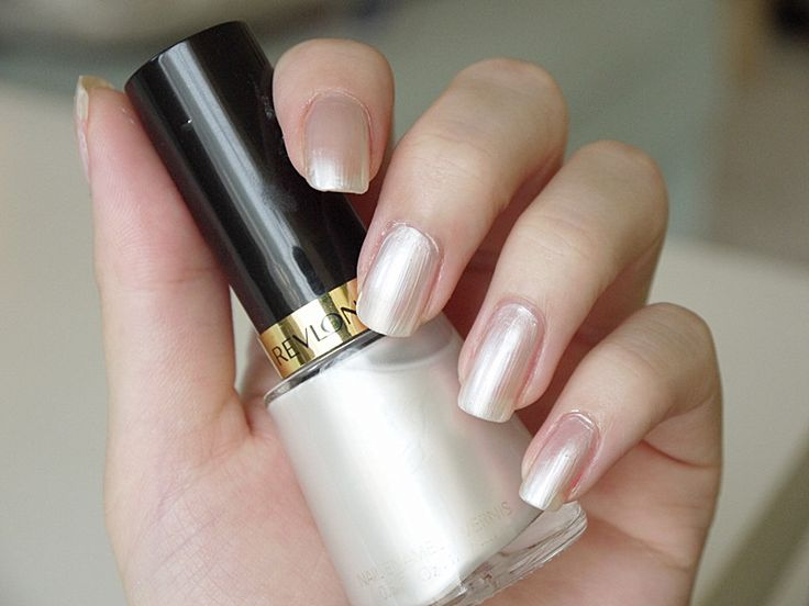 Some Little Dreams: Revlon Nail Polish 020 Pure Pearl [The closest I have to a nice opaque white base]
