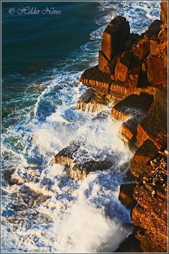 """Sea """"on the rocks"""""""