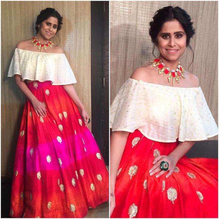 "1,696 Likes, 6 Comments - @afashionistasdiaries on Instagram: ""@saietamhankar Outfit - @smitashaofficial Jewelry - @justjeweleryindia Styled by -…"""