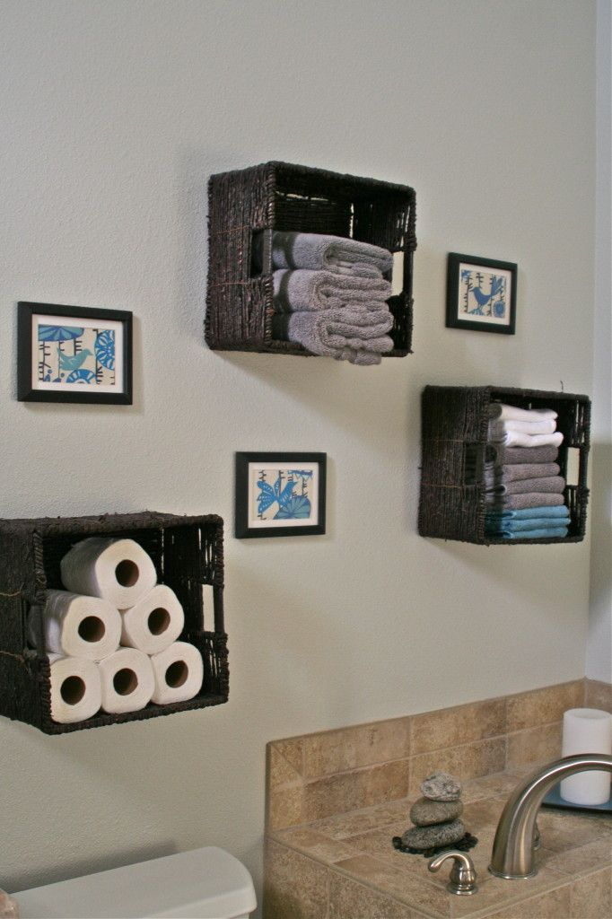 DIY Wall Art, Basket storage, pop of blue in bathroom