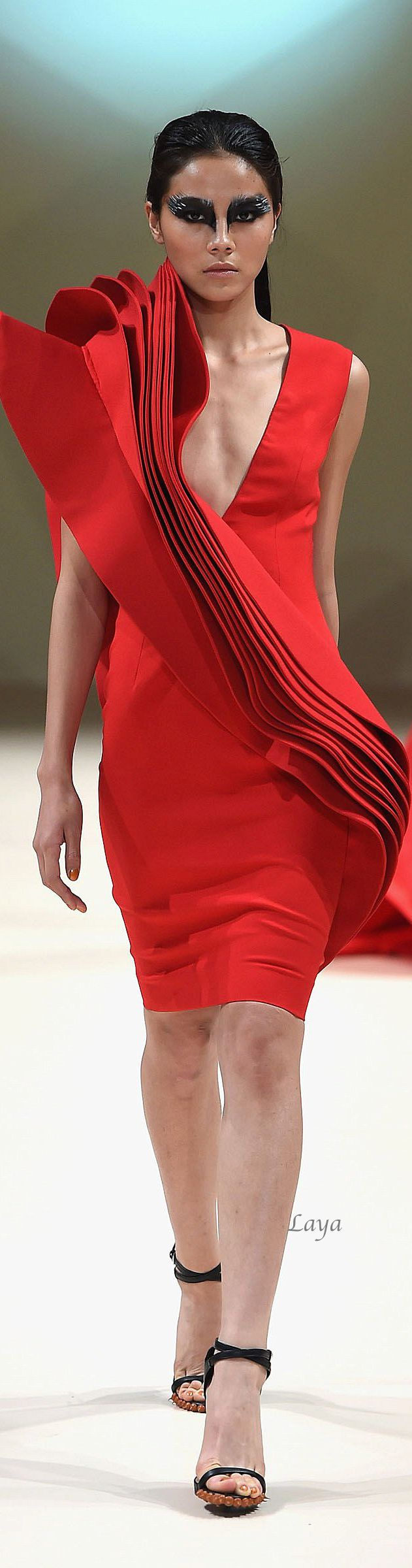 JEAN LOUIS SABAJI Fall-Winter 2014-15 COUTURE