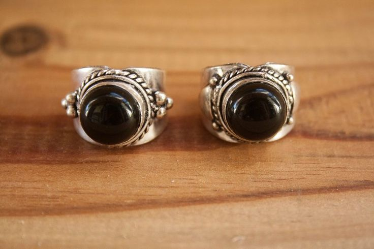 Indian Silver + Black Stone via FILOMENA ∵ Indian Jewelry. Click on the image to see more!