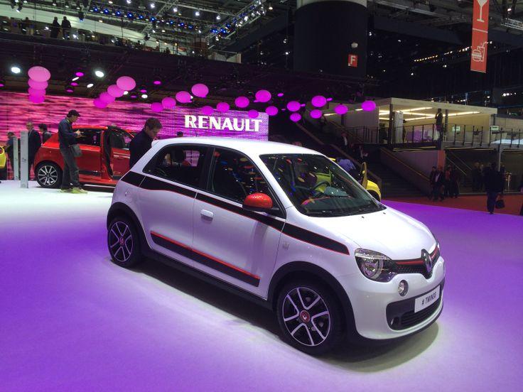 Den nye Renault Twingo (med hækmotor!). Med den rigtige pris (og Renault plejer jo at være skarpe i DK...), så bliver det en stor konkurrent til de nye trillinger