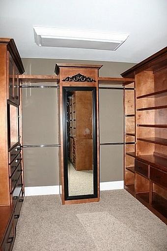 Walk In Closet Pictures