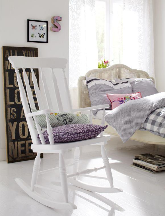 die besten 17 ideen zu schminktisch stuhl auf pinterest ikea st hle arbeitsbereiche und make. Black Bedroom Furniture Sets. Home Design Ideas