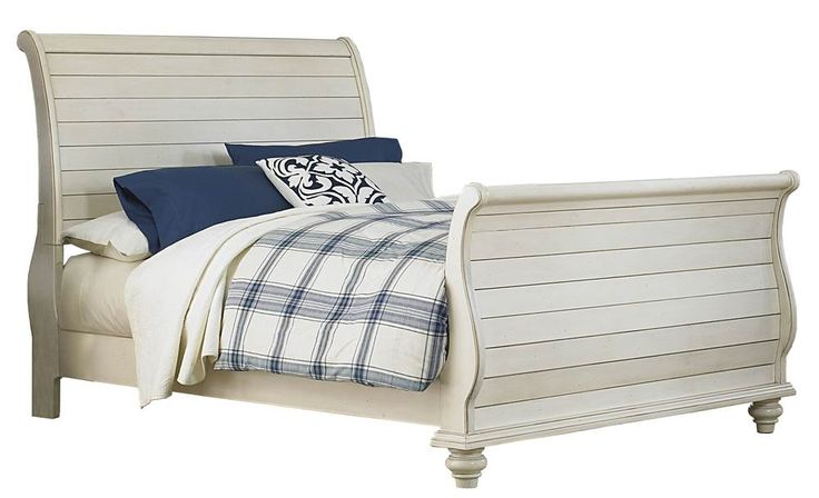 Hillsdale+Furniture+-+Traditional+Sleigh+Bed+in+Old+White