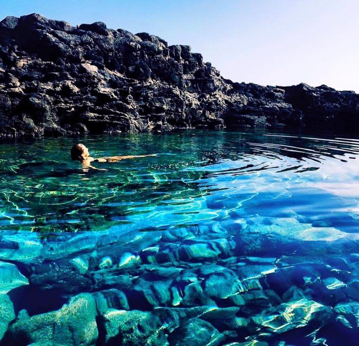 Travel | Hawaii | Swimming Holes | Swimming Destinations | Beaches | Blue Water | Natural Swimming Spots