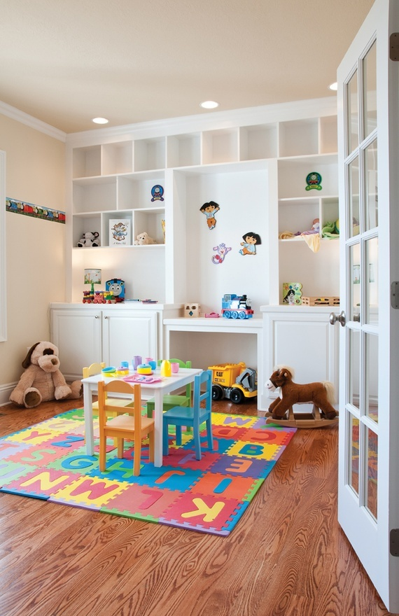 notice the off white color against white shelves and wooden floors
