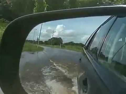RARE VIDEO : DRIVE ON WATER WAYS TO TASIK MERIMBUN