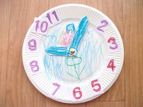 Preschool Crafts for Kids*: Hickory Dickory Dock Clock Craft
