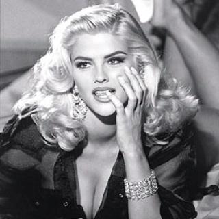 Anna Nicole Smith: Girl, Annanicolesmith, Anna Nicole Smith, Beautiful Women, Beauty, Guess Ads, Beautiful People, Photo, Hair