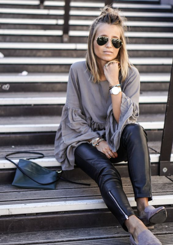 This grey bell sleeved top looks ultra chic with tight leather trousers. Via Camille Callen. Top: Sheinside, Trousers: Mango.