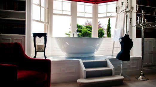 Château Rhianfa Bedroom with bath