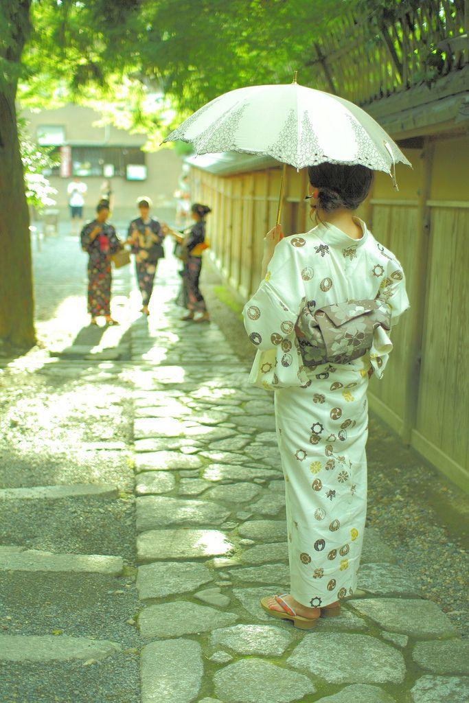Promenade en yukata. #Japon.