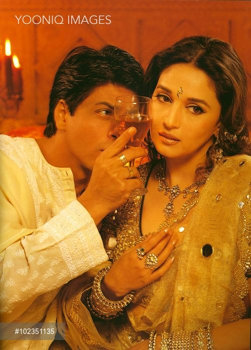 DEVDAS SHAHRUKH KHAN as Devdas, MADHURI DIXIT as Chandramuhki