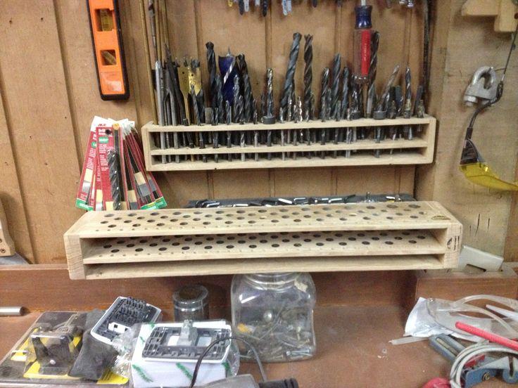 Ordenador de brocas para taller