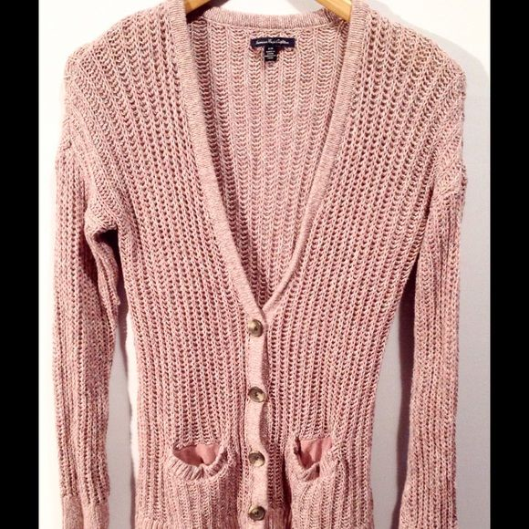 WEEKEND PRICE❤️(Was $14) Pink Cardigan Sweater Adorable pink knit cardigan sweater with pockets. Great condition! American Eagle Outfitters Sweaters Cardigans