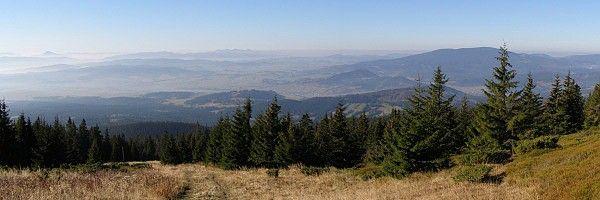 Výhled ze svahu Babí hory jihozápadním směrem - Oravské Beskydy