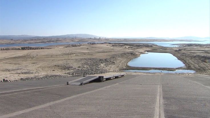 folsom lake water level - Google Search