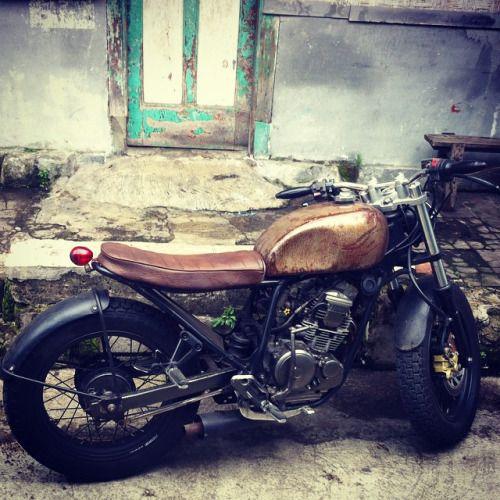 motomood: Yamaha Scorpio 225 motomood: Yamaha Scorpio 225