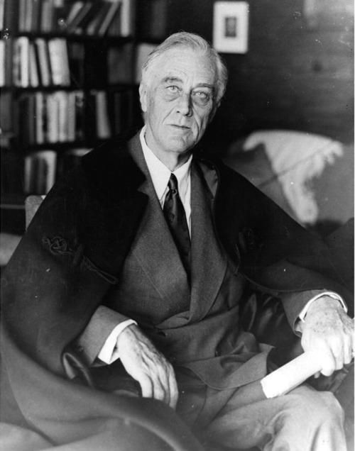 Franklin Roosevelt a day before his death, April 12, 1945 pic.twitter.com/w7VwmnRMlw