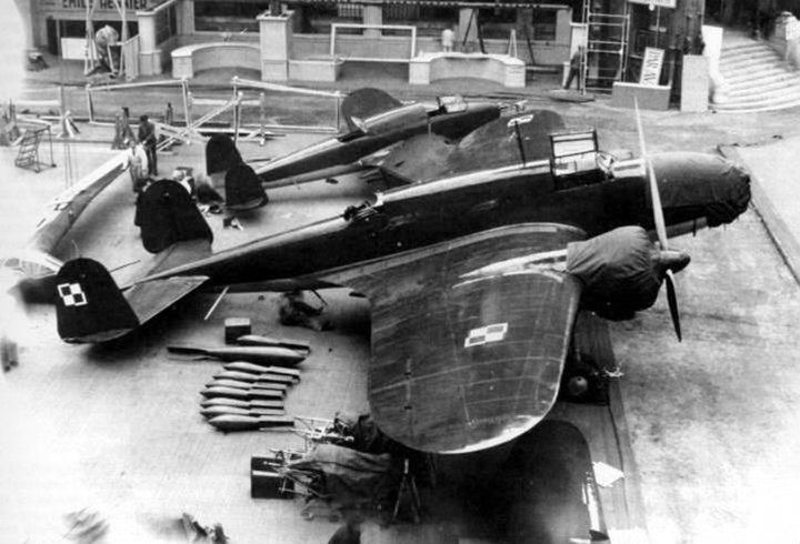 Łoś i Wilk na Wystawie Paryskiej w 1938 r.