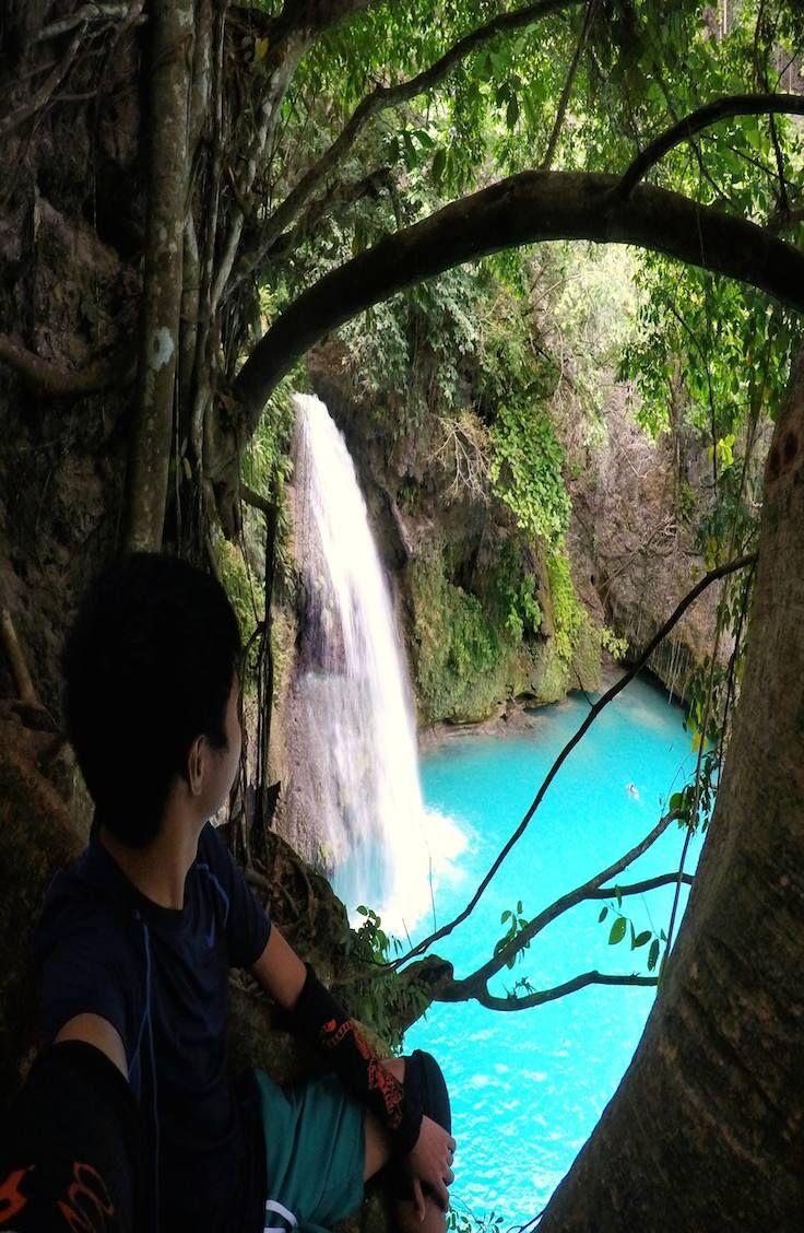 Kawasan Falls - Cebu, Philippines @mikkagustin