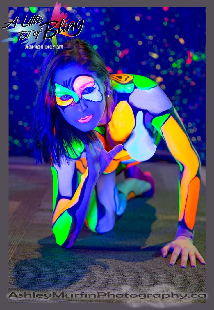 Check out A Little Bit of Bling Face and Body Art and Ashely Murfin Photography!!  #sexapalooza #sexapaloozaottawa #ottawa #2015 #bodypaint #littlebitofbling