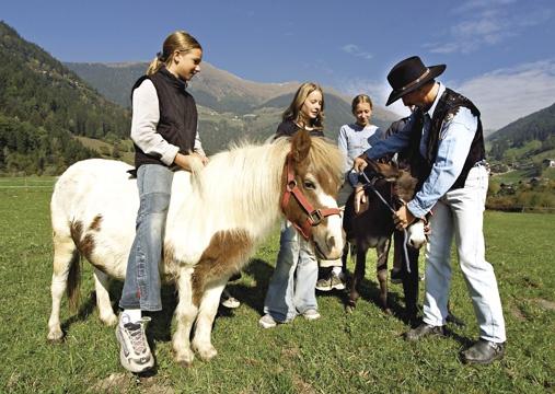 Kinder All Inclusice - Wellness und Sport Hotel Stroblhof St. Leonhard in Passeier bei Meran Südtirol Italien