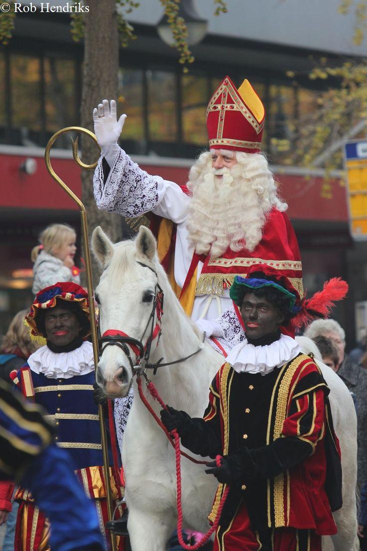 Sinterklaas op zijn Paard.