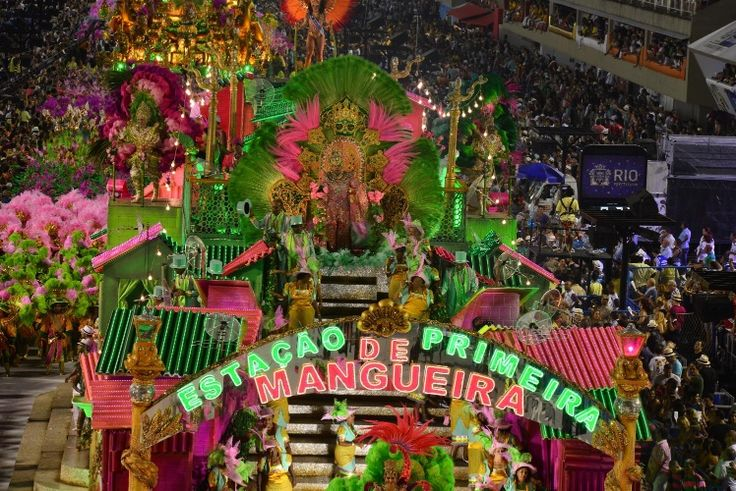 Veja fotos do desfile da Mangueira na Sapucaí - BOL Fotos