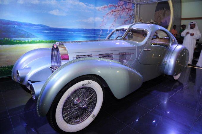 best 25 bugatti type 57 ideas on pinterest bugatti motor napa insurance and bugatti concept. Black Bedroom Furniture Sets. Home Design Ideas