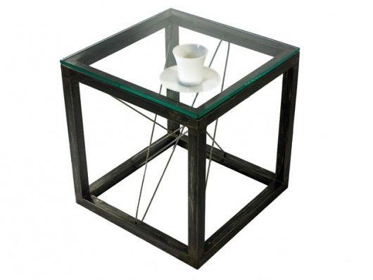 Qubik - stolik industrialny z całego świata