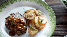 Fillet steak with mushroom & Madeira sauce - Morrisons