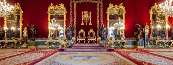 Resultado de imagem para interior palacio real de madrid