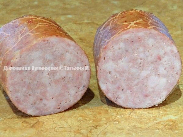 Колбаса домашняя куриная молочная (полурубленная)