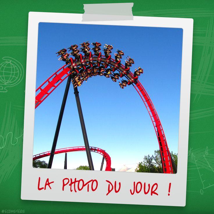 X-Flight - Six Flags Great America (USA) #xflight #sixflags #SFGA #sixflagsgreatamerica #bolligermabillard #rollercoaster #wingrider #montagnerusse #achterbahn #grandhuit #themepark #ecoasters #ecoaster #rollercoasters #amusement #amusementpark #thrill #fun #awesone #freizeitpark #photooftheday #picoftheday #travel #parc #attraction #parcattraction #coastersofinstagram #coaster #ride #followme More on : blog.e-coasters.com -- www.e-coasters.com