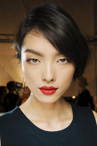 Dior red lipstick never goes out of style.