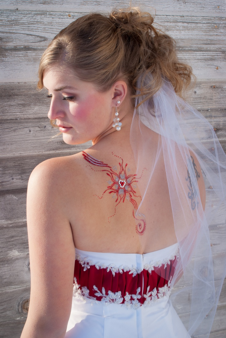 Bridal glitter tattoo done by Twinkle Tattoos - freehand by Amber