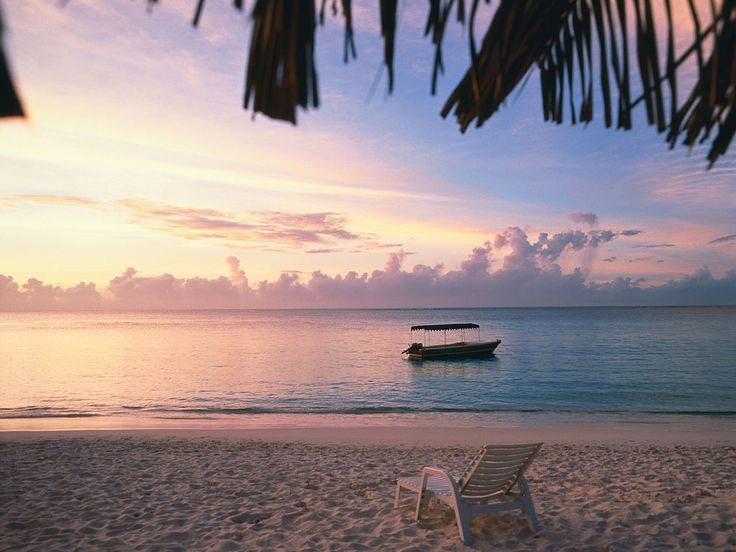 These are the best beaches for relaxing, according to Condé Nast Traveler readers.