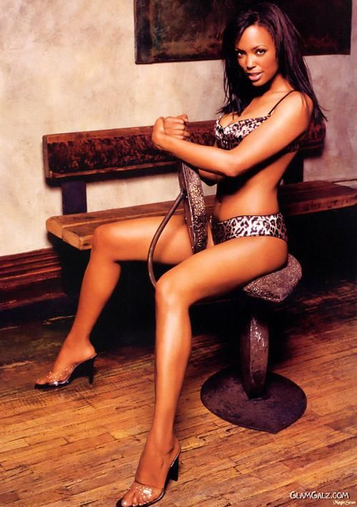 Gorgeous Aisha Tyler Photoshoot