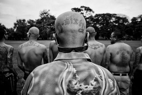Borderland Beat: Jonge Thaise mannen emuleren Mexicaanse Cholos