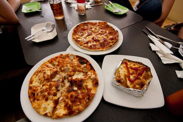 Pizza kayu bakar Kedai Kita, Bogor