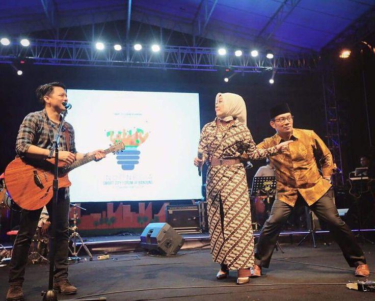 Wali Kota Bandung Ridwan Kamil  PT. Solid Gold Berjangka Seperti misalnya…